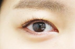 サトらびの裸眼写真